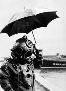 le scaphandrier et le parapluie